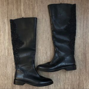 Gianni Bini Black Leather Floral Embroidered Boots